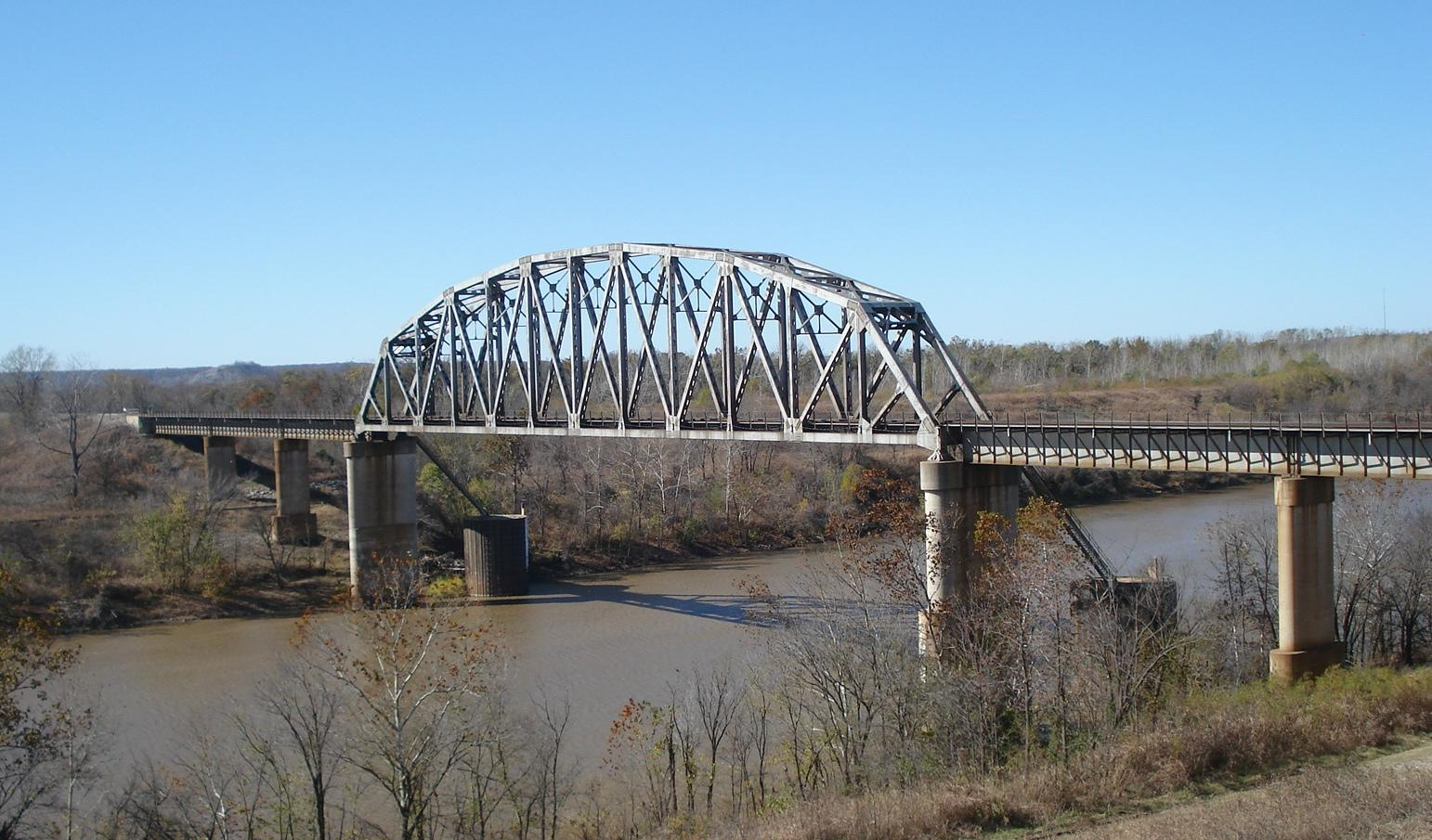 Bridgehuntercom BNSF Verdigris River Bridge