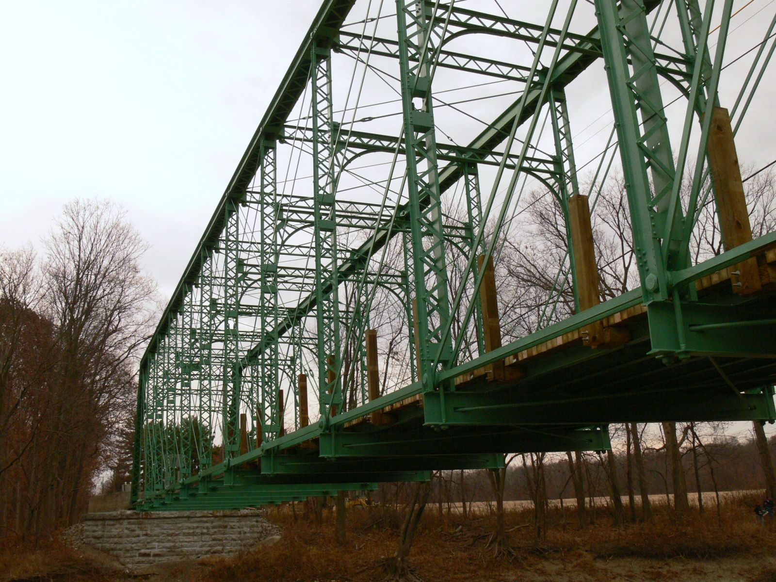 Looking up at the North truss