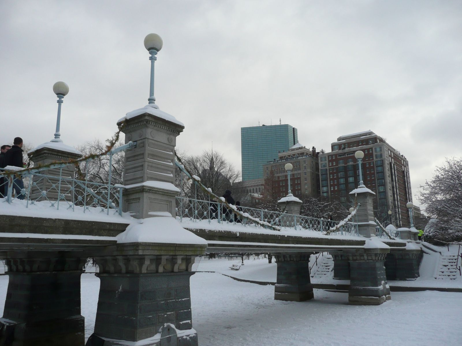 Bridgehuntercom Boston Public Garden Bridge