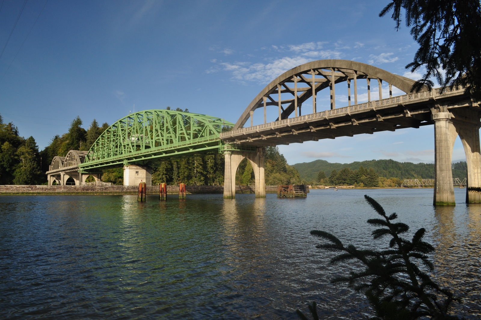 Bridgehuntercom Umpqua River Bridge