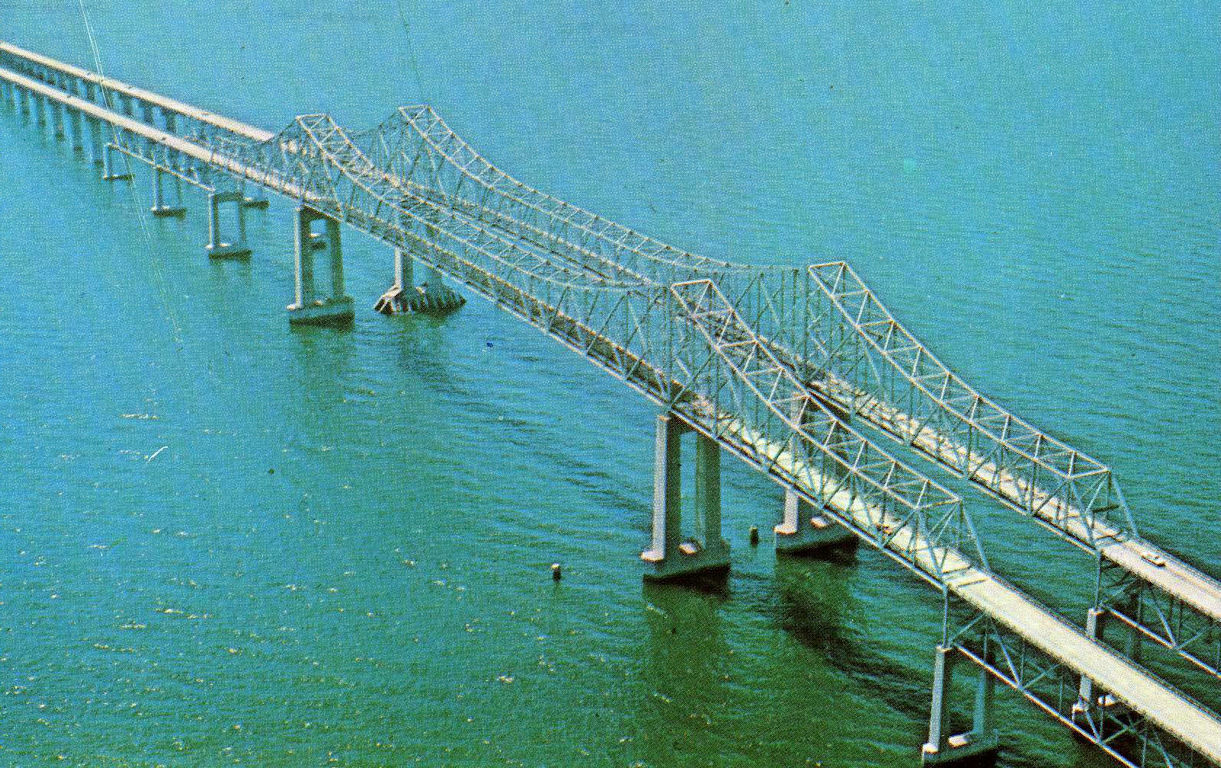 Old sunshine skyway bridge for Tides 4 fishing skyway